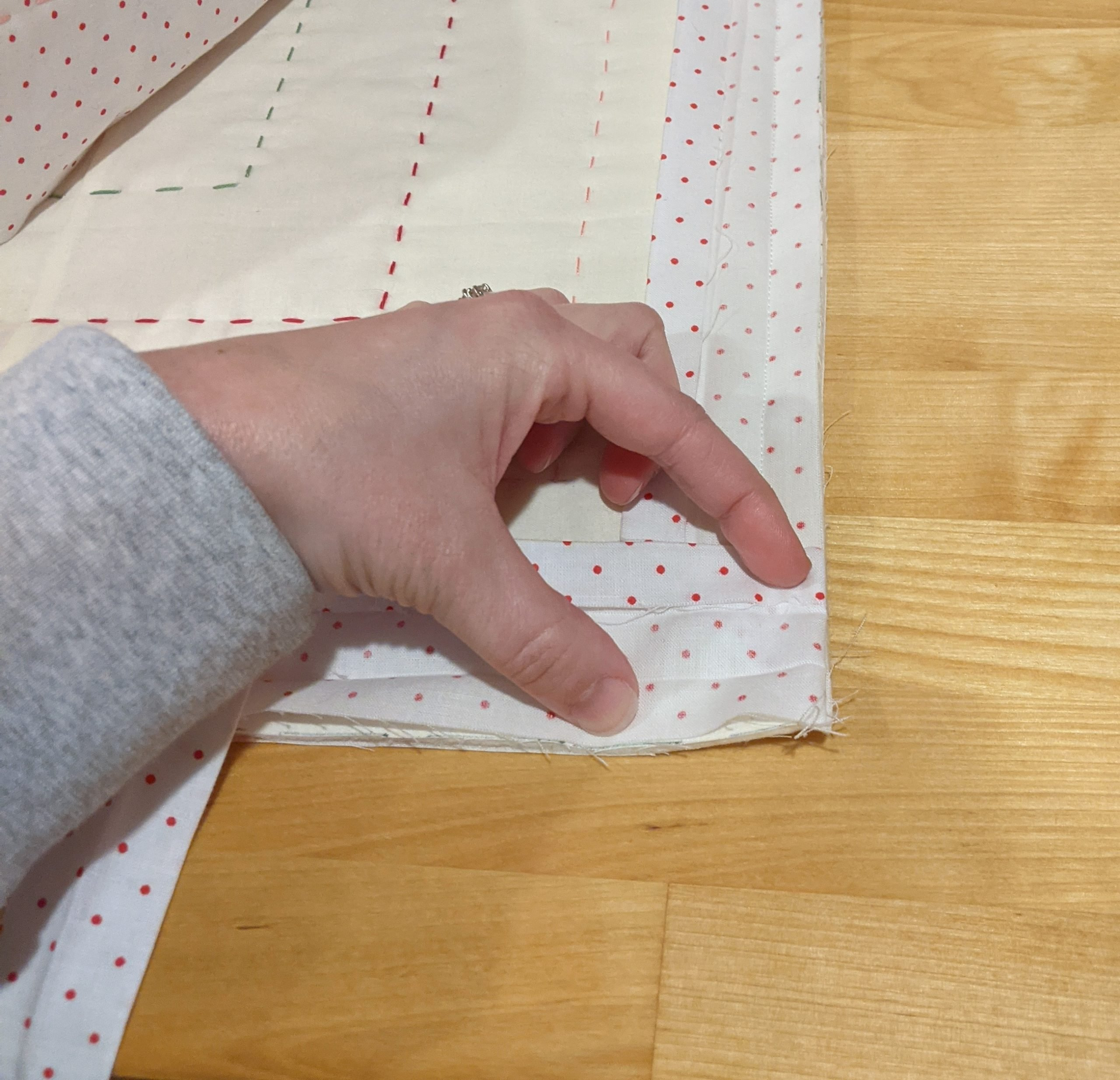 Attach binding to corners