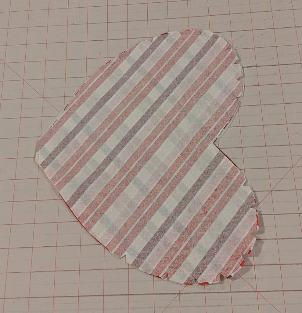 Clipping curves of heart pocket