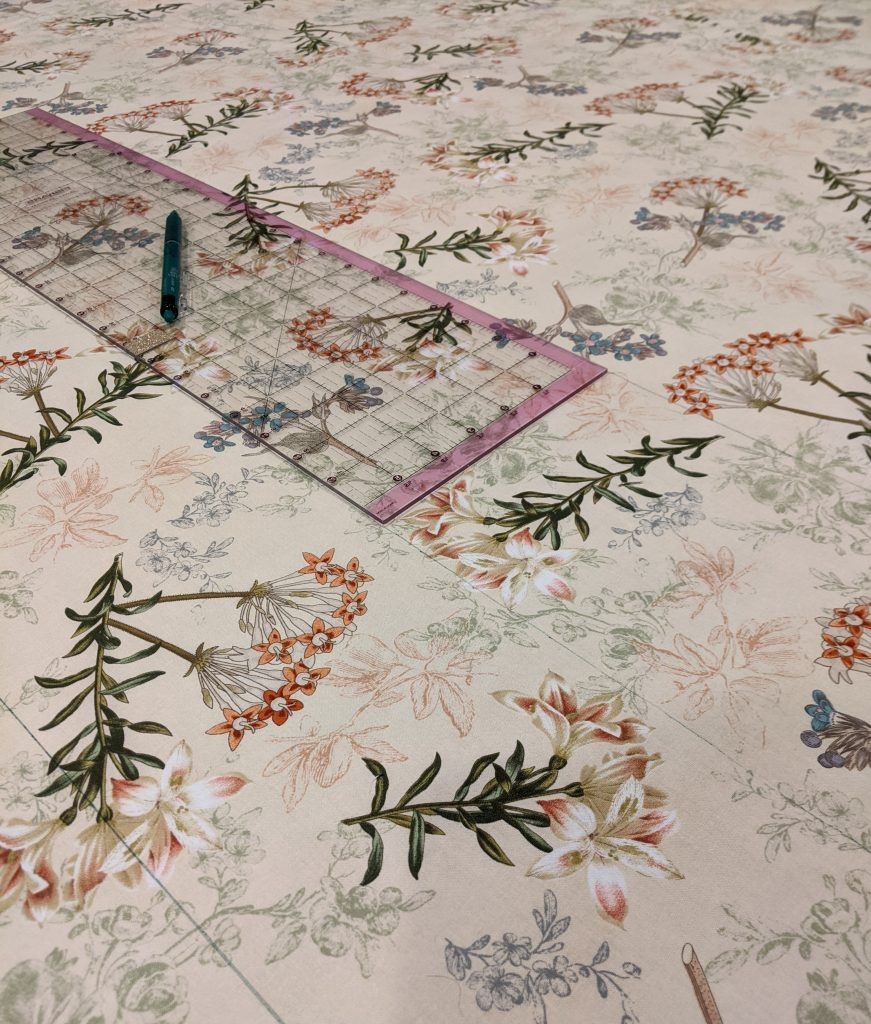 Marking quilting lines on quilt top