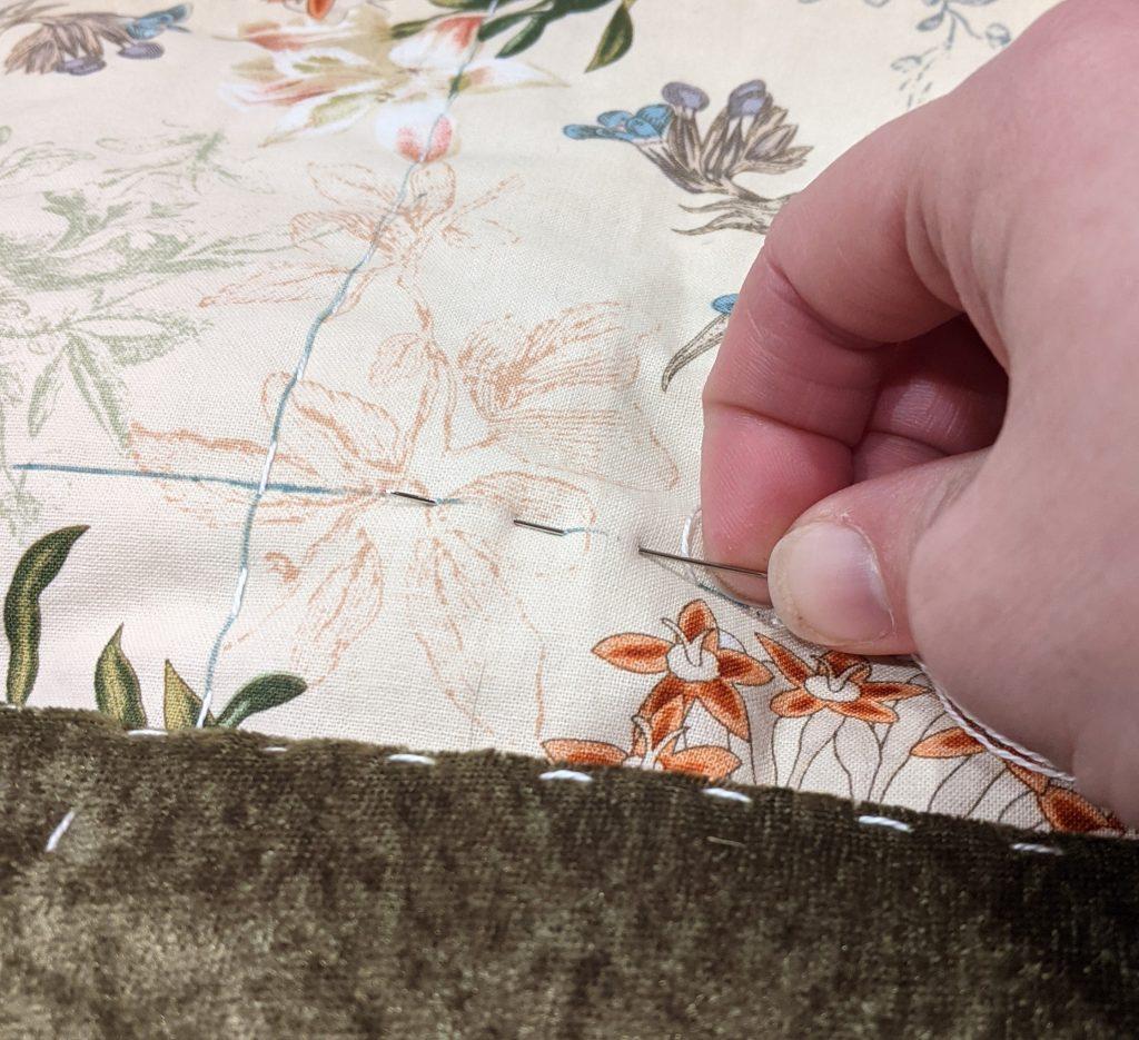 Hand-quilting velvet blanket