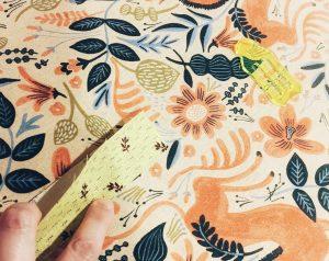 Fabric strip and sashing tool